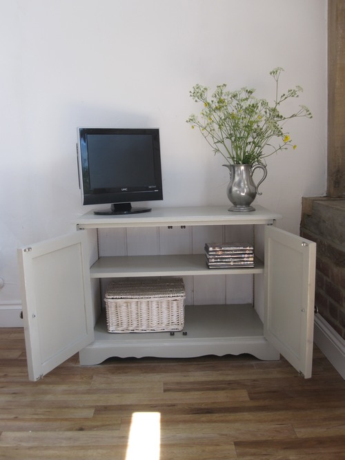 Tv cabinet sold lucky winston - Television but solde ...